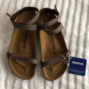 New Women's Birkenstock Yara